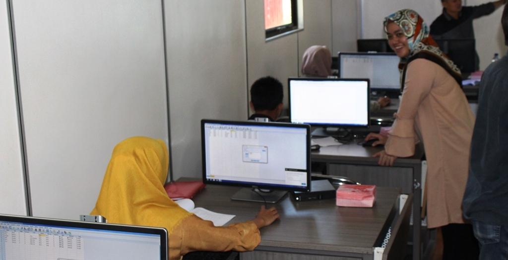 Persiapan Susun Skripsi Mahasiswa Manajemen Praktikum Olah Data
